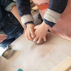 la-cerise-sur-la-terre-atelier-poterie-famille-annecy
