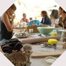 la-cerise-sur-la-terre-atelier-team-building-poterie-annecy-recadre